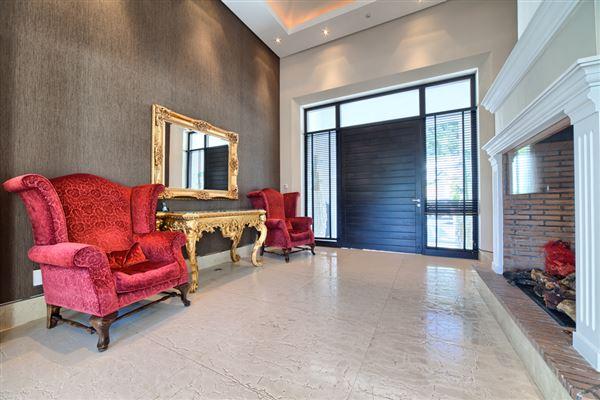 Luxury real estate Contemporary quality villa in La Zagaleta
