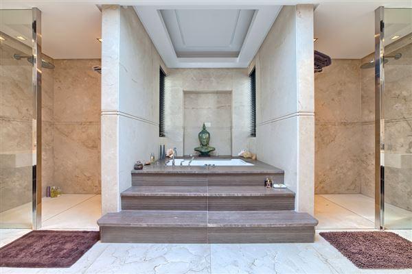 Mansions in Contemporary quality villa in La Zagaleta