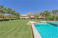 Luxury homes in Elegant contemporary villa in Spain