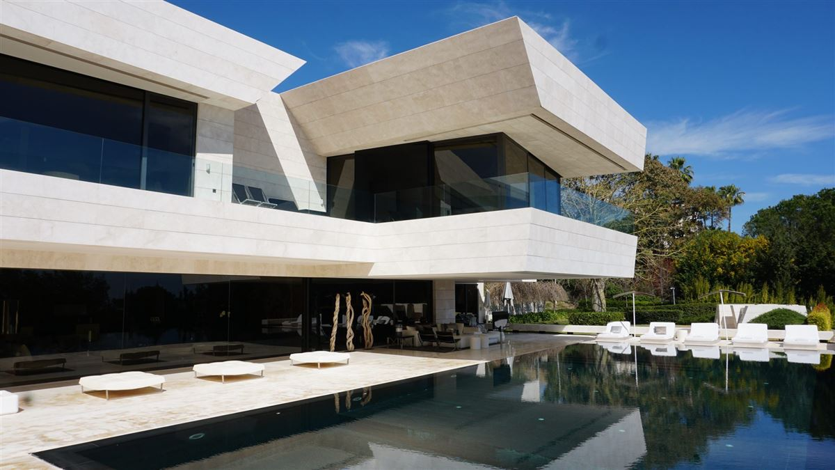 Luxury homes One of the finest villas in Marbella
