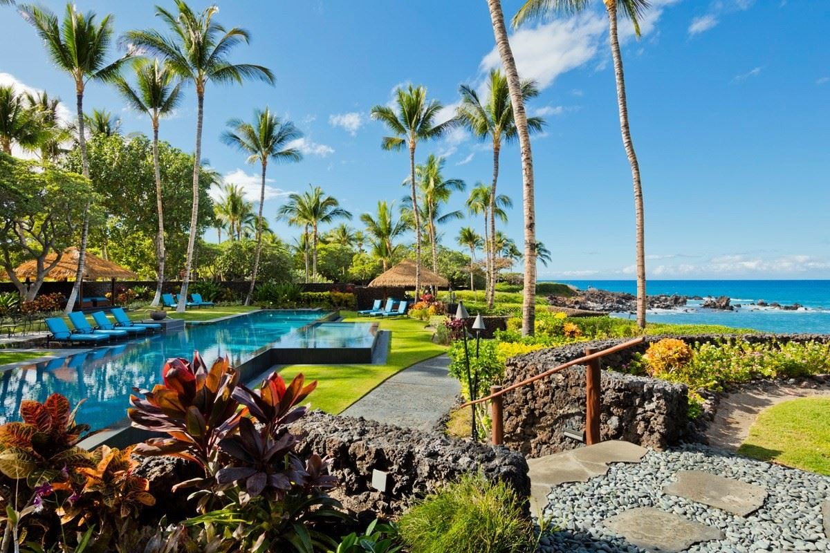 Luxury properties this one-of-a-kind estate home on Hawaii Island