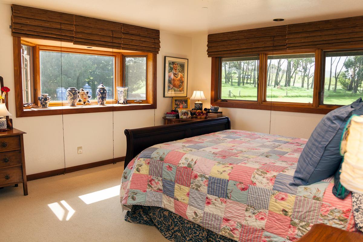 Luxury homes Waikii Ranch Estates