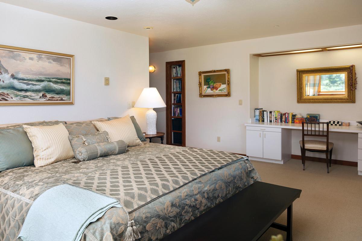 Waikii Ranch Estates luxury homes