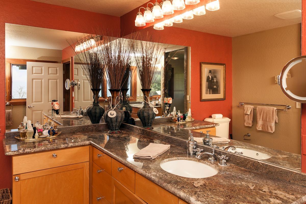 Mansions Waikii Ranch Estates