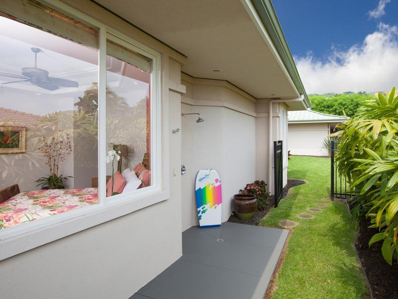 Mansions in Elegant Island Living in Bayview Estates