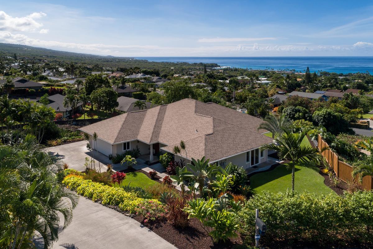 Custom Kahakai Estates Home mansions
