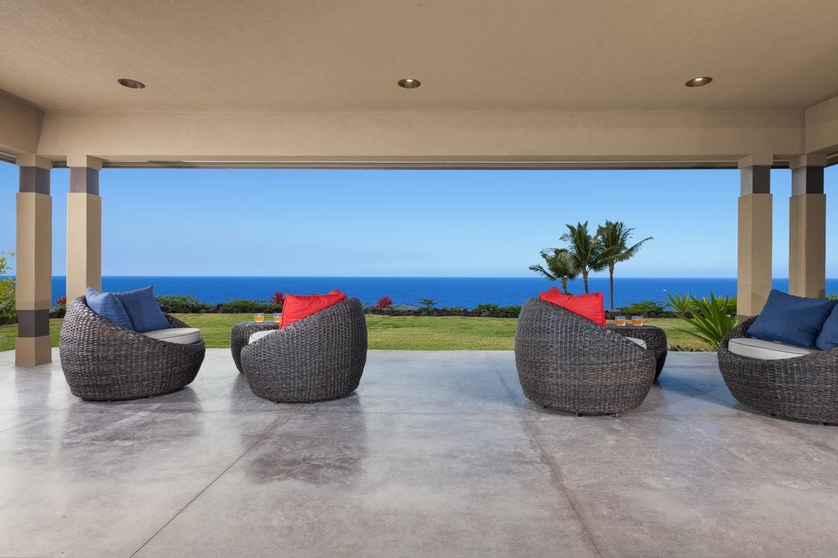 Contemporary Luxury in Bayview Estates luxury homes