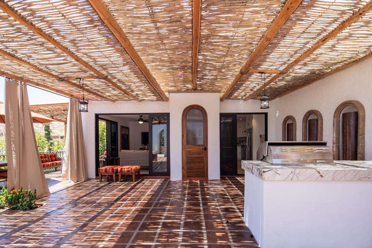 Mansions Spanish Colonial in Cabo San Lucas