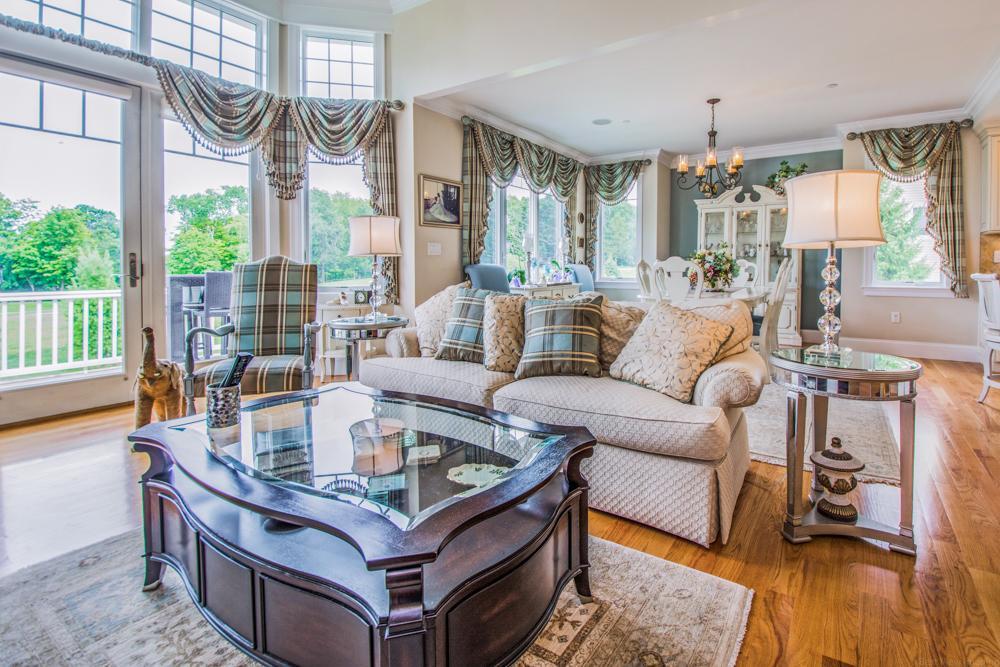 Luxury homes gorgeous end unit Townhouse