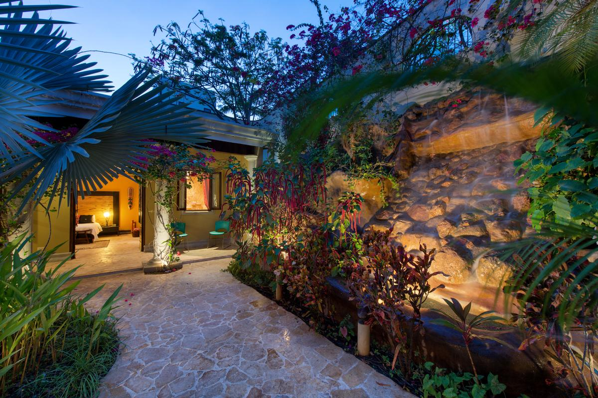 Dream Home in Playa Flamingo, COSTA RICA luxury properties