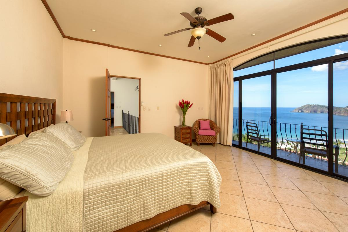 Incredible ocean views in playa flamingo mansions