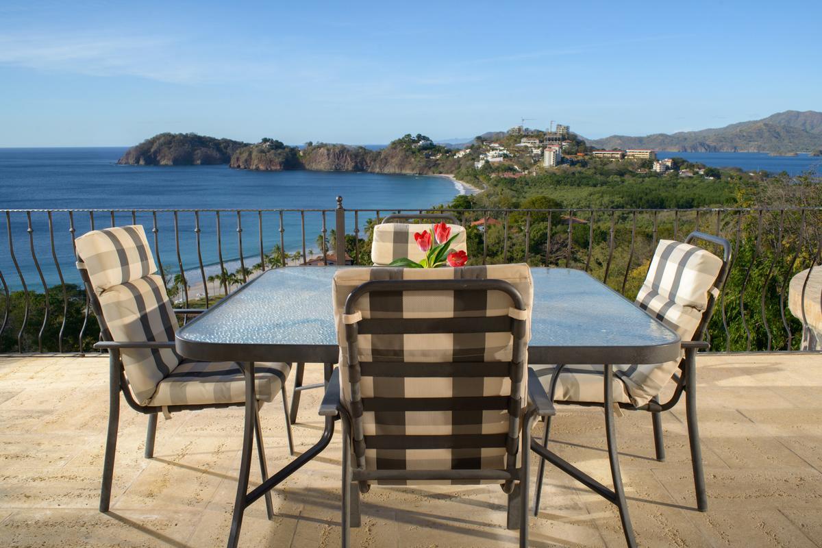 Luxury homes Incredible ocean views in playa flamingo