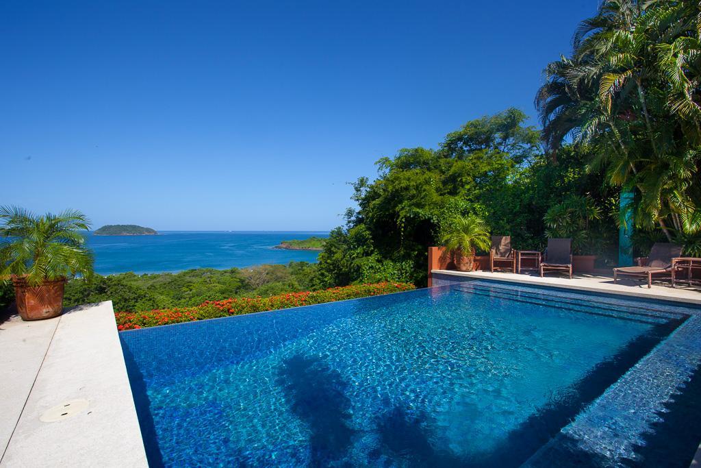 Luxury real estate Casa Pachanga