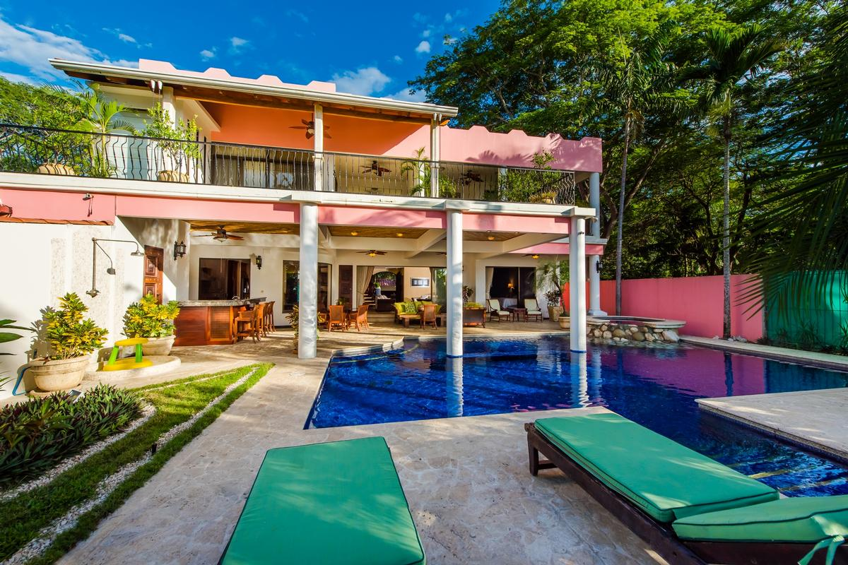 Luxury homes Casa Copacabana