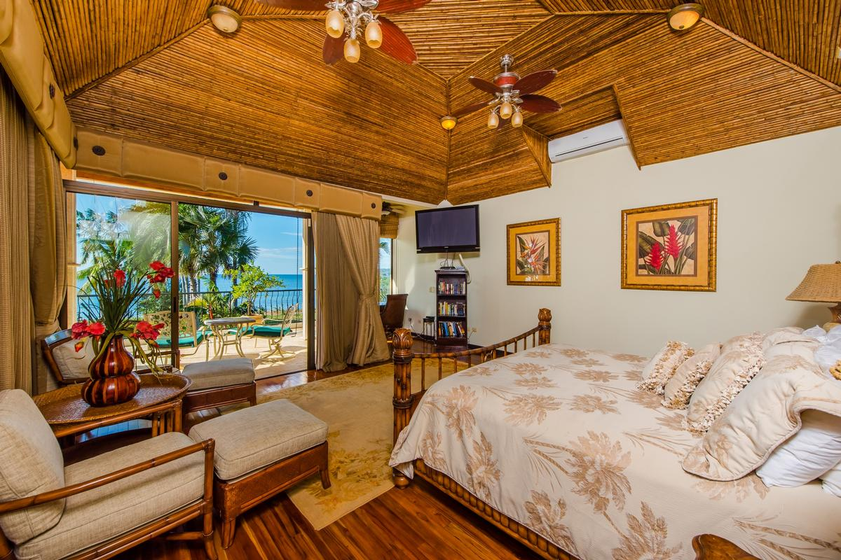 Casa Copacabana luxury homes