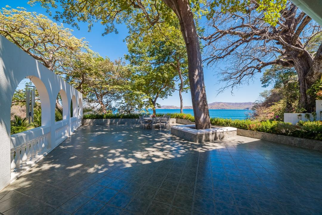 Luxury real estate Villa Christopher