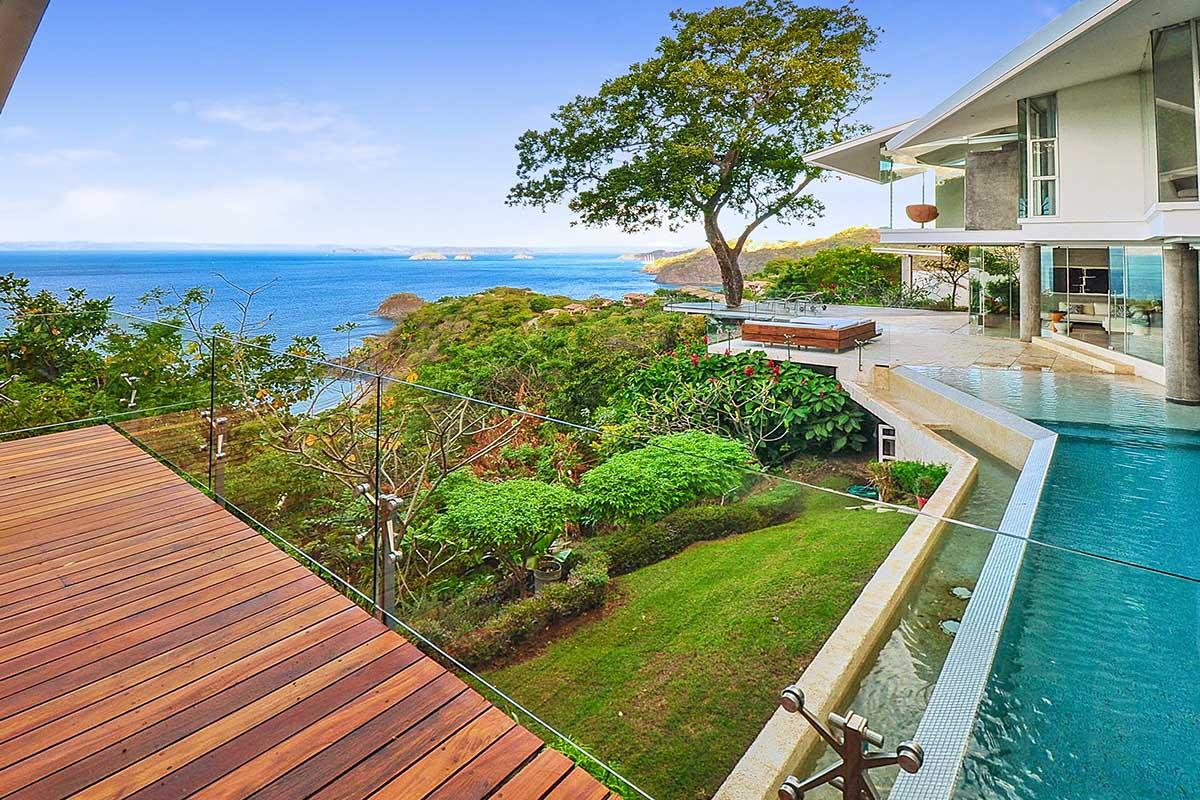Luxury homes in Casa Ron Ron