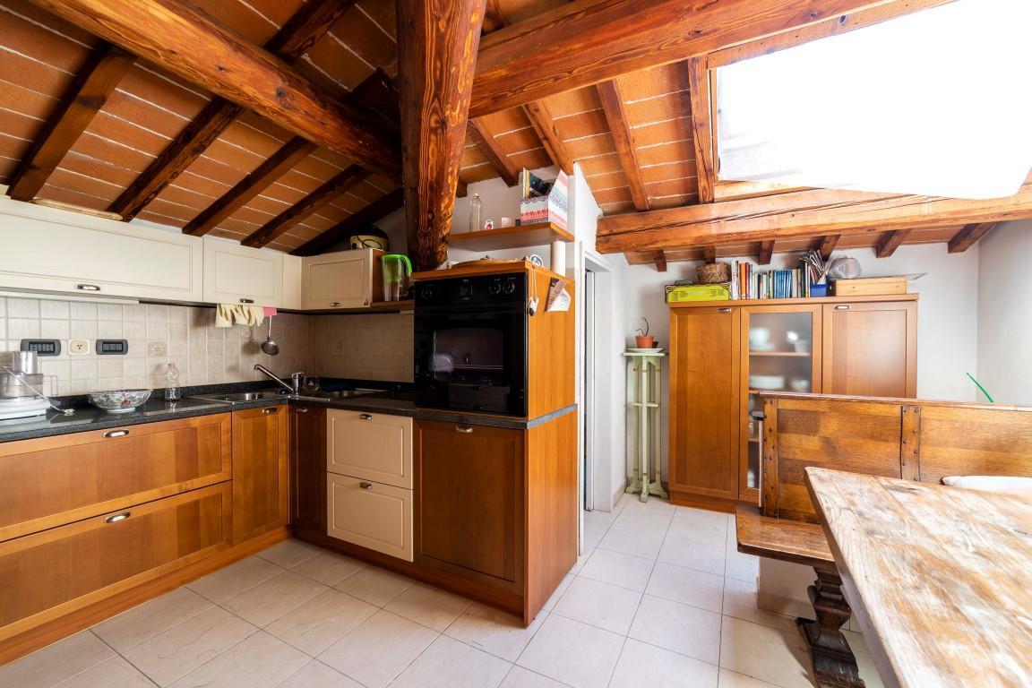 Luxury properties House near Ferrucci square