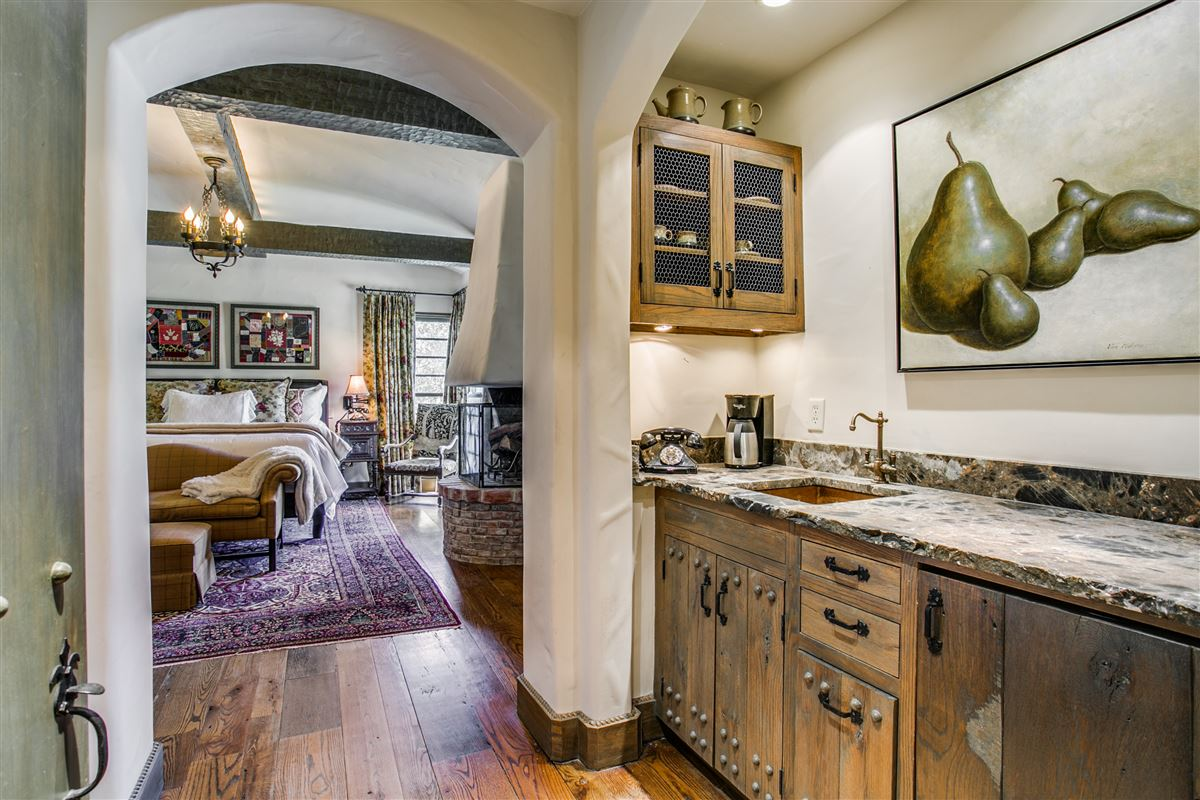 Luxury homes One-of-a-kind Charles Dilbeck home