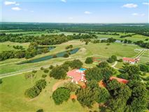 Luxury homes in Southern Cross Ranch