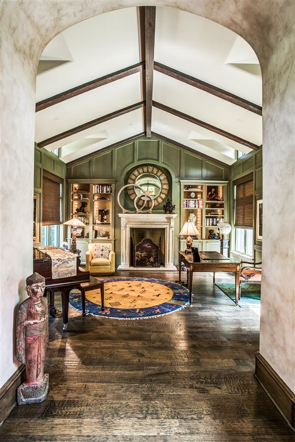 Mansions custom home on coveted corner lot