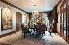 Luxury homes in majestic highland park estate