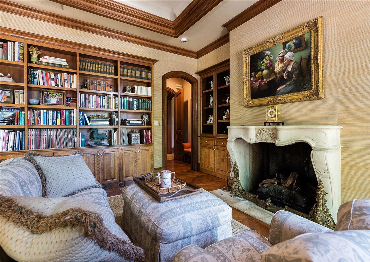 Mansions majestic highland park estate