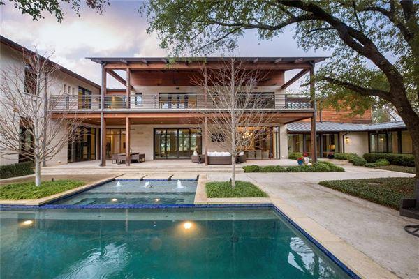 modern-day design in a splendid environment luxury homes