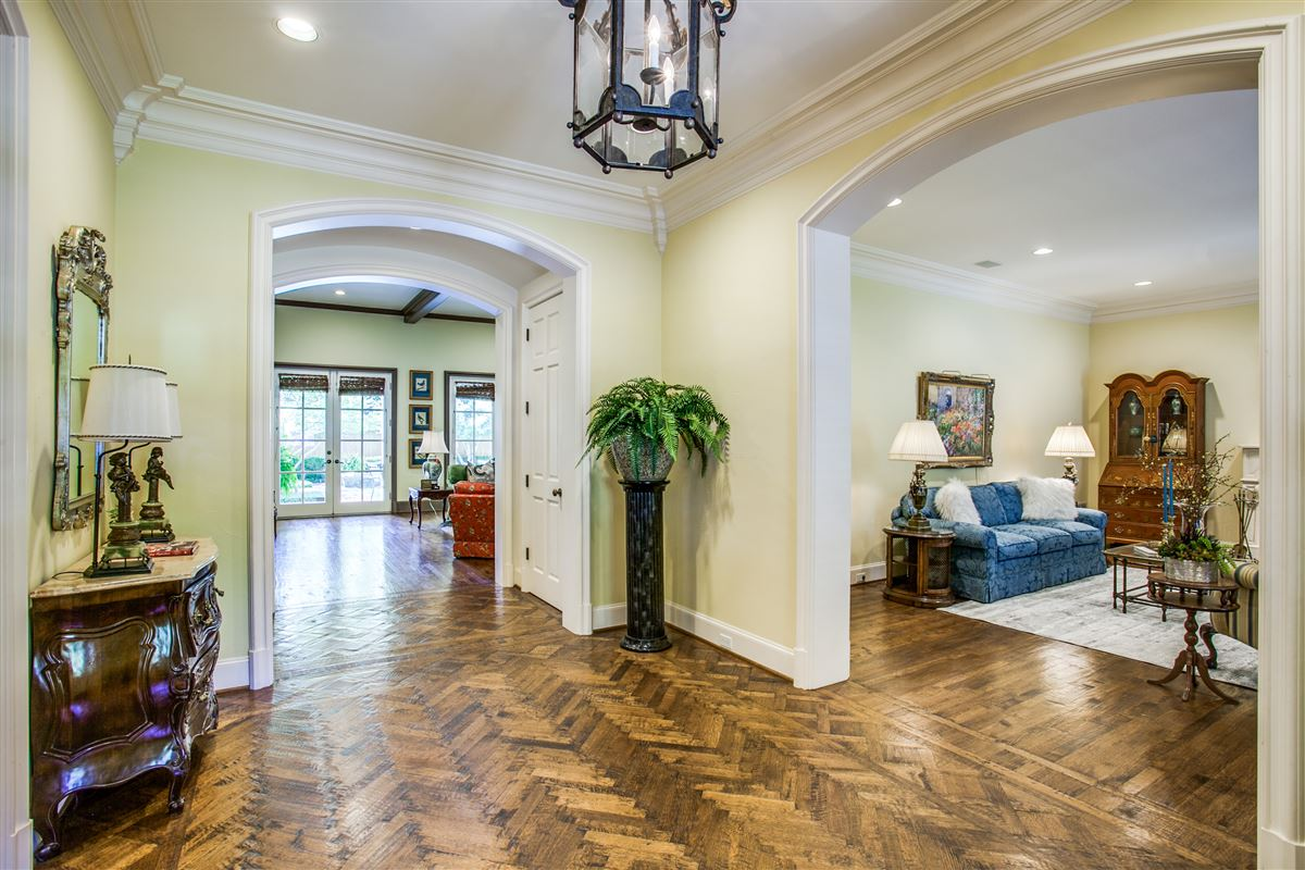 Luxury real estate custom home with a noteworthy provenance