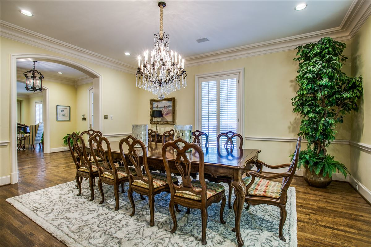 Mansions custom home with a noteworthy provenance