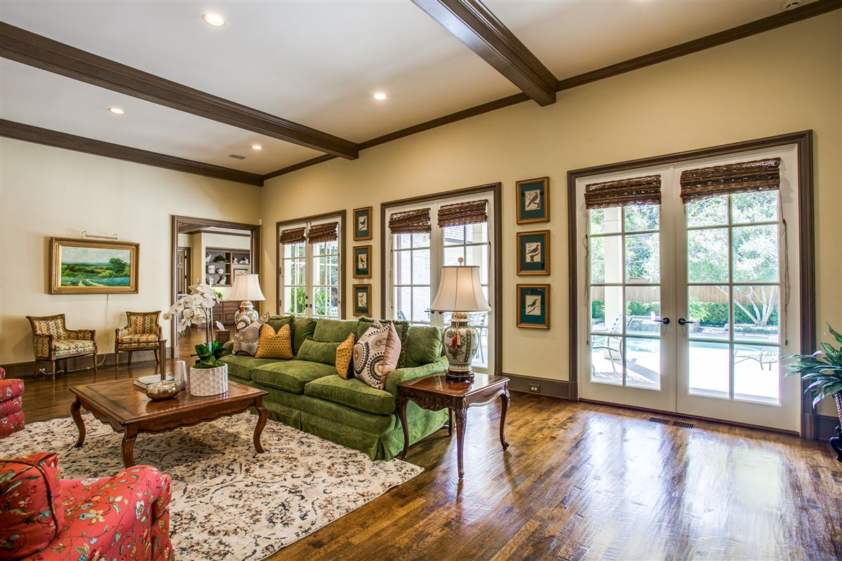 Mansions in custom home with a noteworthy provenance