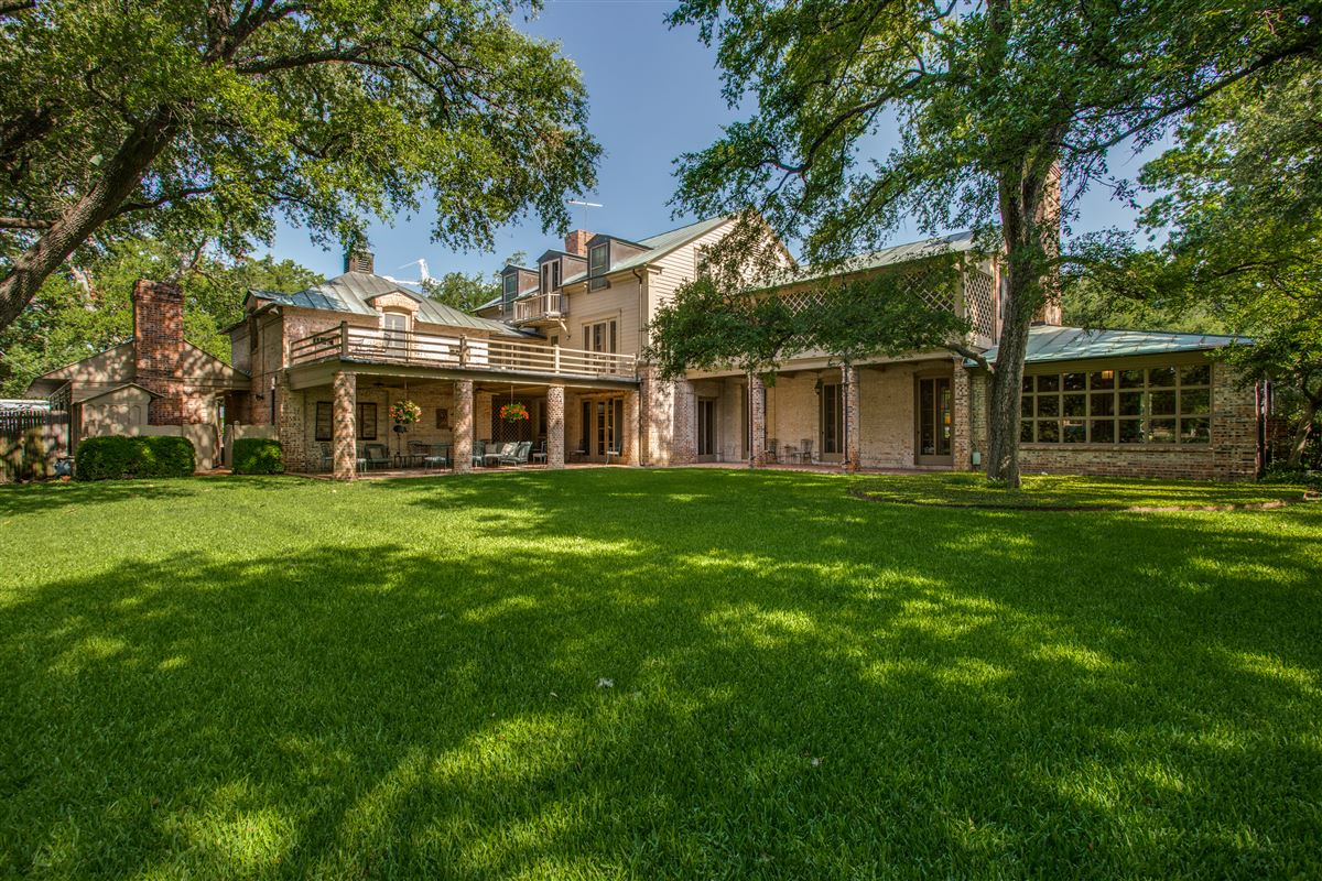 a charming home luxury properties