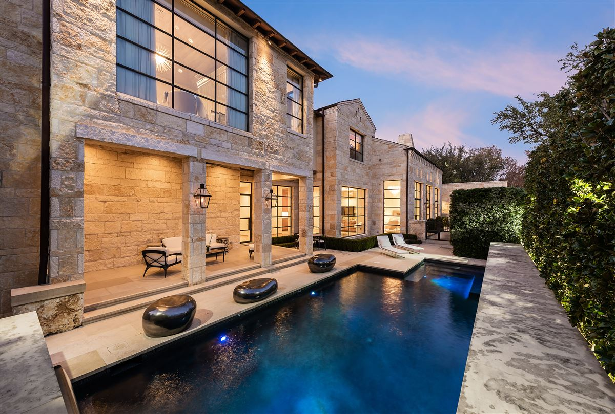 Mansions in architectural contemporary stunner