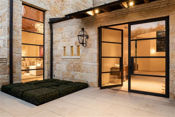 architectural contemporary stunner luxury real estate