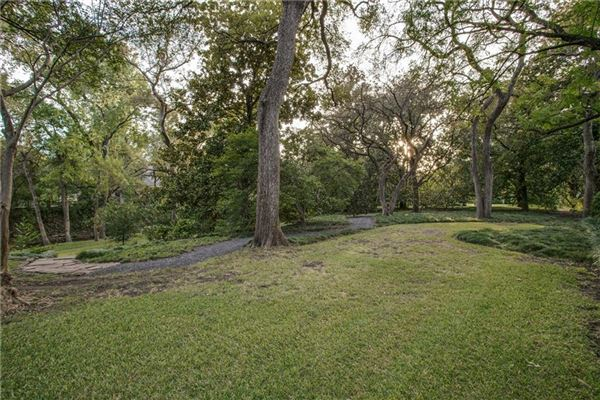 Luxury real estate coveted highland park property