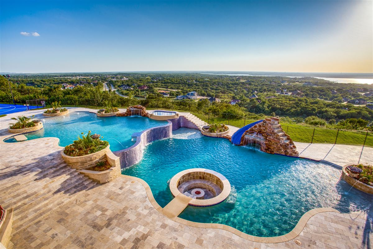 Mansions in an elegantly intimate Mediterranean masterpiece