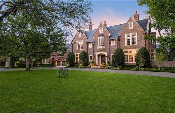 Luxury real estate exceptionally detailed home in sunnybrook estates