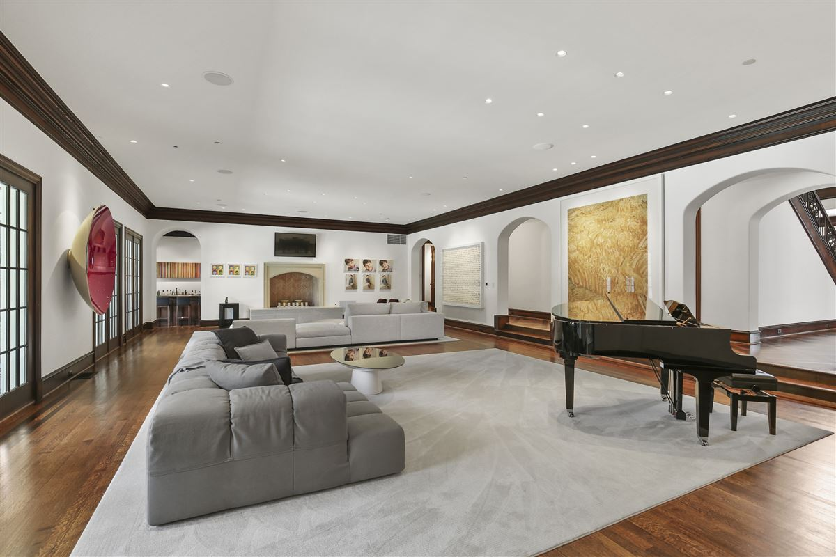 Luxury properties custom estate in coveted Bluffview