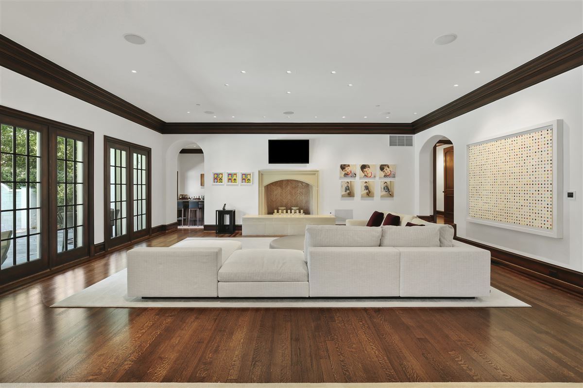 custom estate in coveted Bluffview mansions