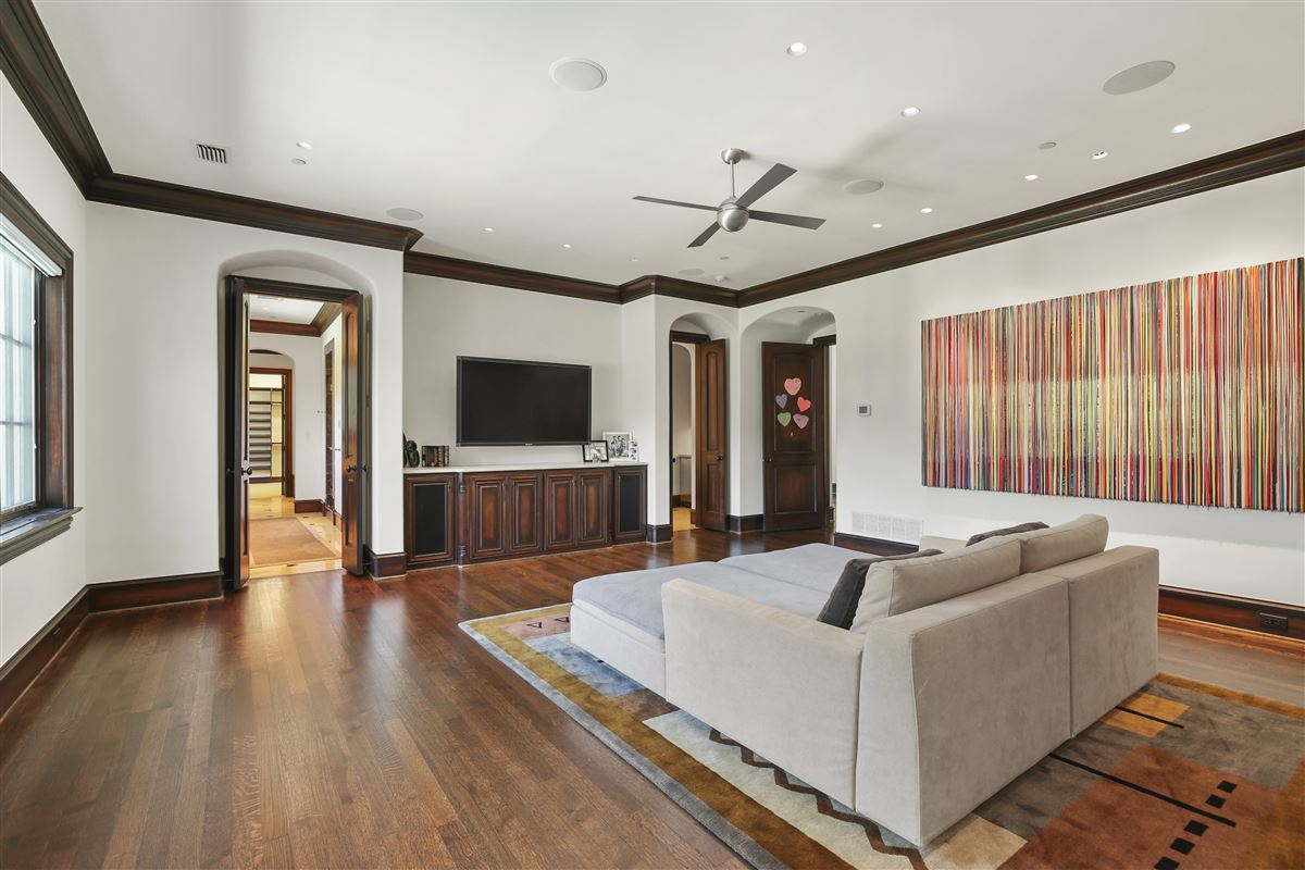 Luxury homes in custom estate in coveted Bluffview