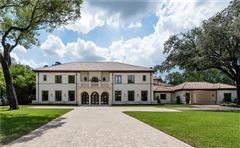 Luxury real estate grand and immaculate luxury residence