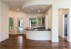 grand and immaculate luxury residence mansions