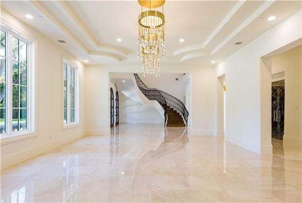 Luxury properties grand and immaculate luxury residence
