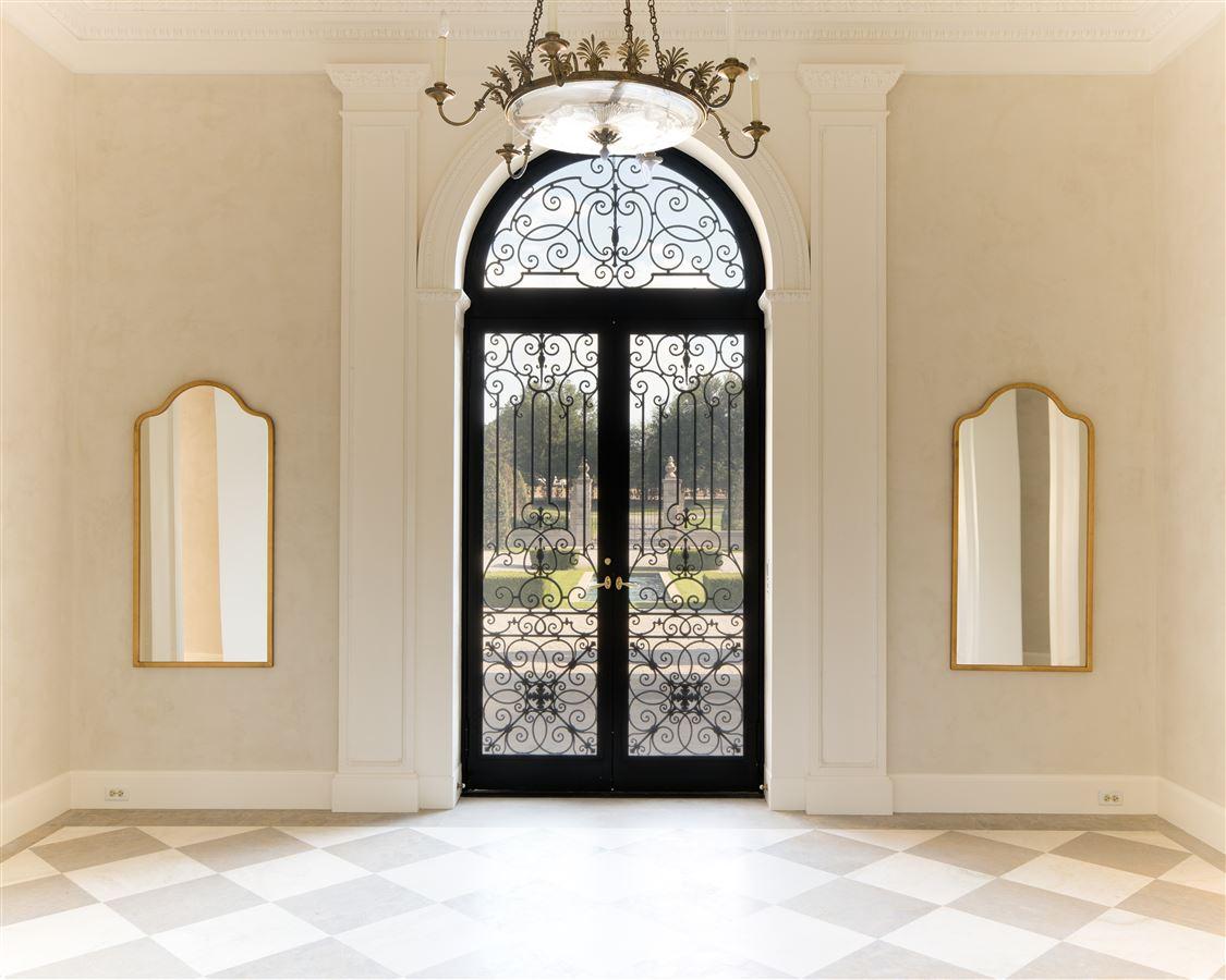 Crespi Estate luxury homes