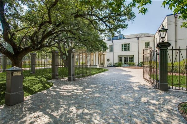 prominent estate with exquisite finishes luxury properties