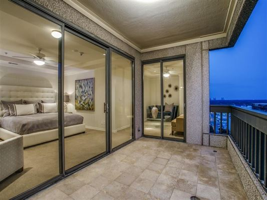 Amazing Luxury Homes In Luxury Dallas High Rise Living