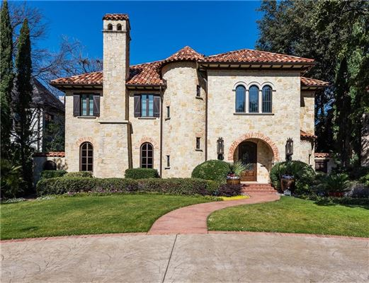 an exquisite Mediterranean villa mansions