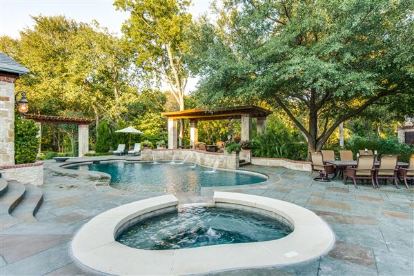 Luxury real estate  luxury farmstead estate