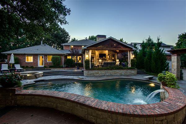 Mansions  luxury farmstead estate