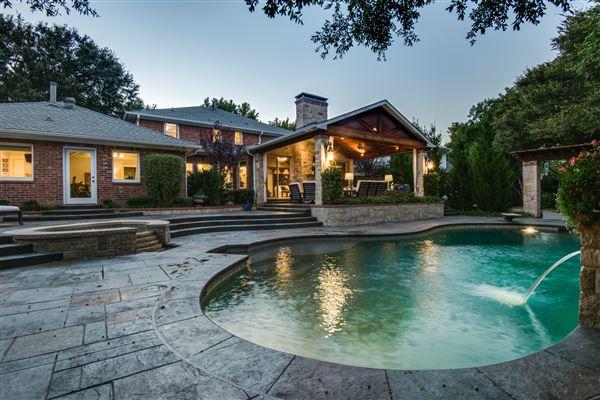 luxury farmstead estate mansions